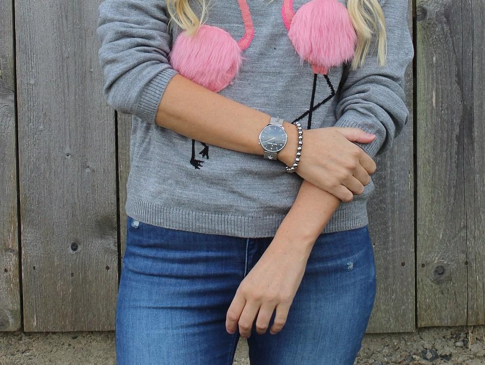 4-Jahreszeiten-Flamingo-Pulli-Denim-Fringes-Fringed-Jeans-Chanel-Bag-Sweater-carrieslifestyle-Tamara-Prutsch