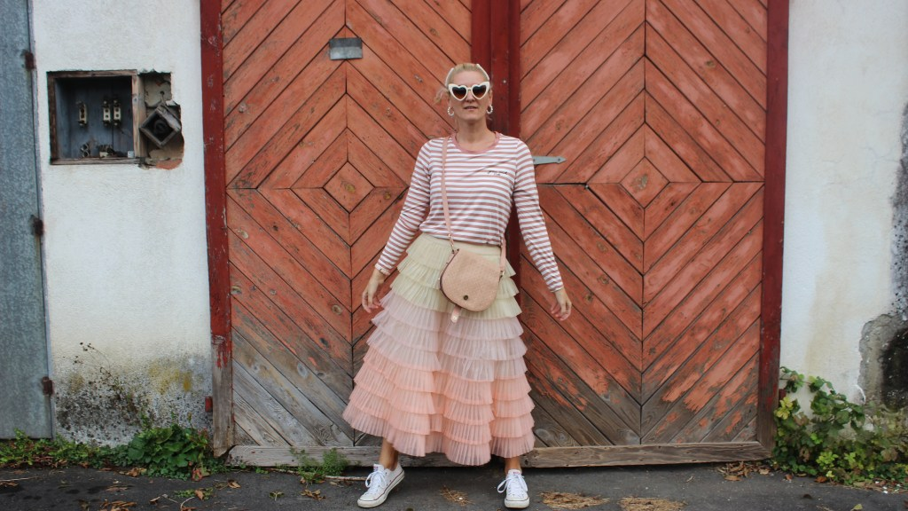 Tulle-Tüllrock-Converse-Streifenshirt-carrieslifestyle-Tamara-Prutsch-Carrie-Bradshaw-Style