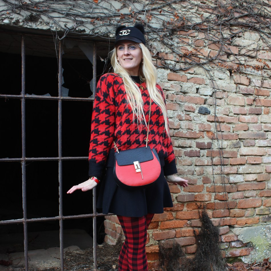 Dior-Karo-Streeetstyle-Chloe-Drew-Bag-Boots-CCC-Shoes-and-Bags-Houndstooth-Pullover