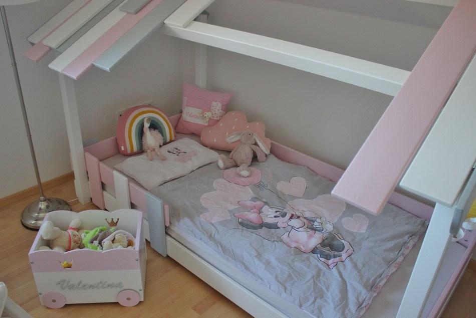Wickey.at-Kinderbett-Hausbetten für Kinder-Hausbett-Kinderzimmer Ideen-carrieslifestyle-Miffy-Prinzessinnen-Crazy Beach Bett-Tamara Prutsch