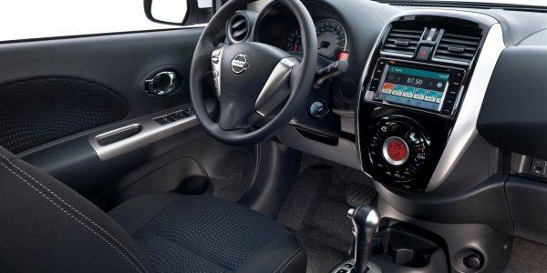 Nissan March 3 (1415 x 939)