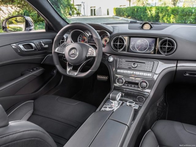 Mercedes-Benz-SL63_AMG-2017-21