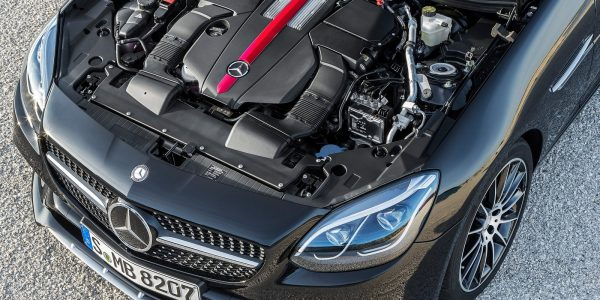 Mercedes-Benz-SLC43_AMG-2017-16