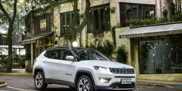 jeep_compass_limited_002-1650-x-1118