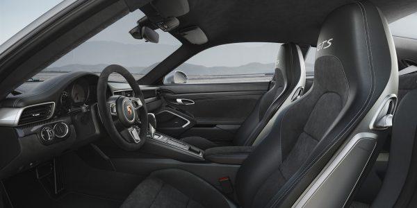 911 Carrera 4 GTS – 4