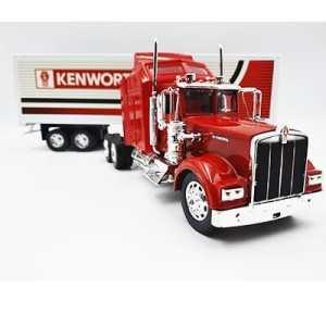 Tráiler Kenworth W900 rojo