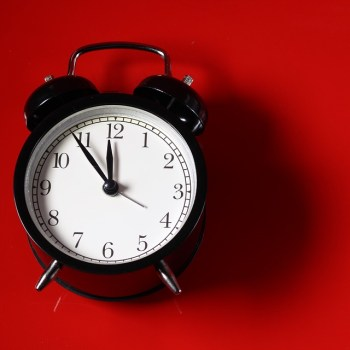 Daylight Savings Time: a Controversial Topic