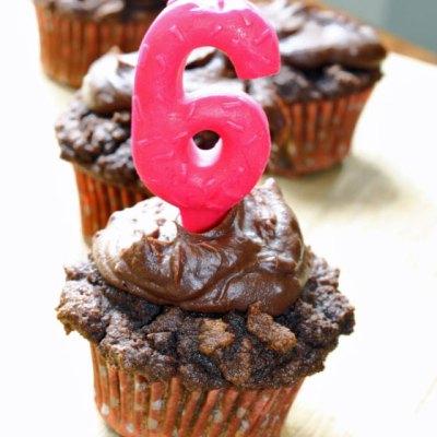 Paleo Chocolate Cupcakes with Chocolate Ganache