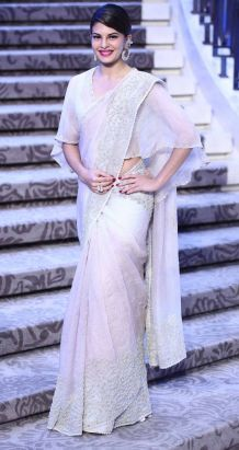 Saree-Cape-Threads-WeRIndia-