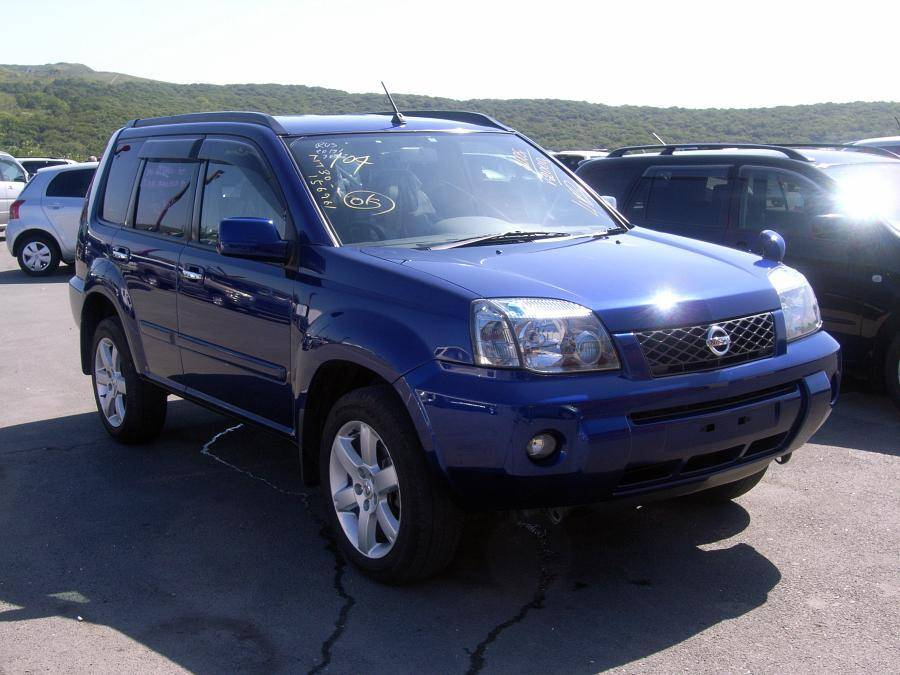 Used 2005 Nissan X-trail Photos, 2000cc., Gasoline, Automatic For Sale