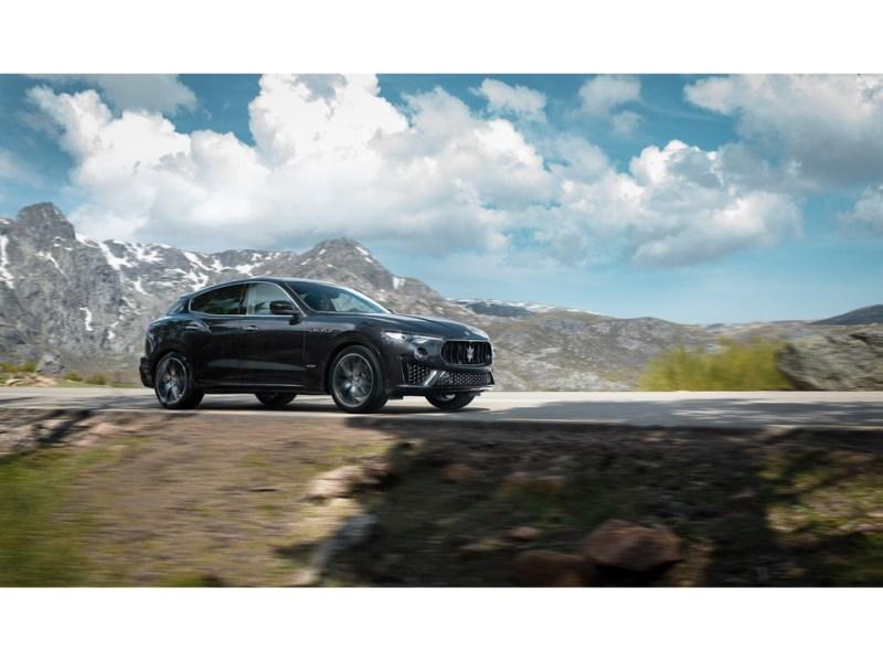2020 Maserati Levante: 2020 Maserati Levante 3