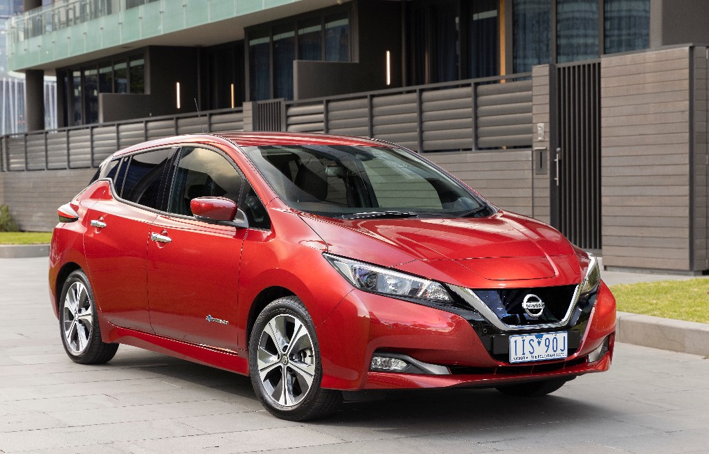 leaf - New Nissan LEAF 03 - Latest LEAF fun, but what about the price?
