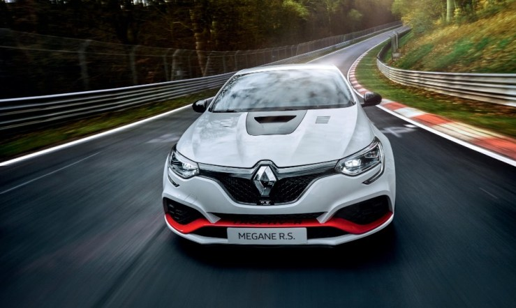 megane rs - renault megane reclaims record - Sorry fellas, but red hot Megane is gone, gone, gone!