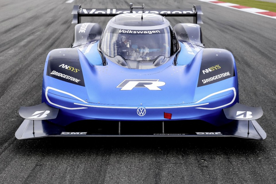 goodwood - volkswagen IDR - Goodwood take #2 — VW goes after Formula 1 record