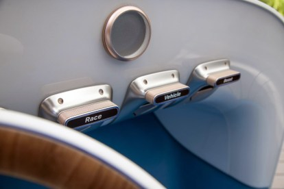 vision - Vision Mercedes Simplex 02 - Vision pays homage to first modern car