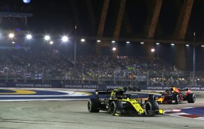vettel - singapore grand prix lights 2019 - Vettel saves face under lights