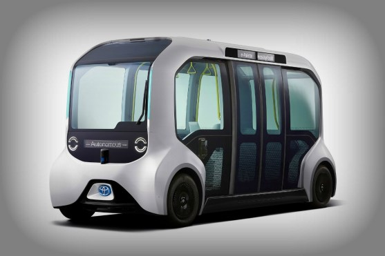 driverless - toyota e Palette electric bus 05 - Driverless electric mini-bus ferries athletes