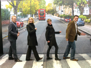 Mini-Beatles-Abbey-Road-photo-Autoshow-Brussels