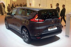 Renault_Espace-Paris-Auto_Show-2014
