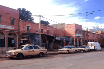 Grand_taxi-Morocco-Mercedes_Benz-240d-300sd-Peugeot-505