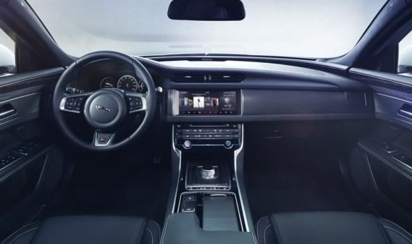 Jaguar-XF-00002