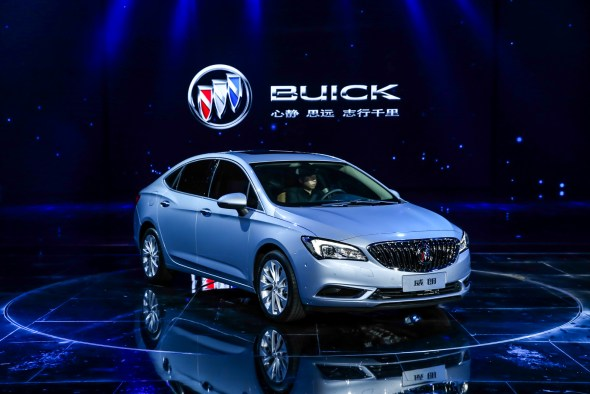 Buick-Verano-1