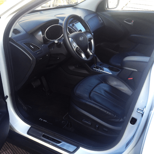 review hyundai ix35 fuel cell electric vehicle. Black Bedroom Furniture Sets. Home Design Ideas