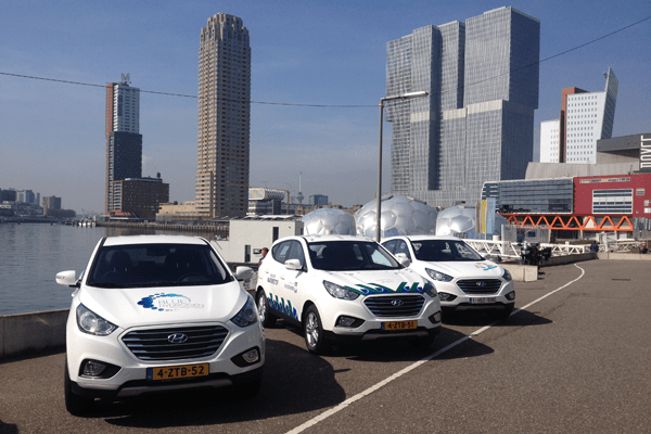 Review Hyundai Ix35 Fuel Cell Electric Vehicle Carsalesbase Com