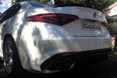 Alfa_Romeo_Giulia-exhaust-detail