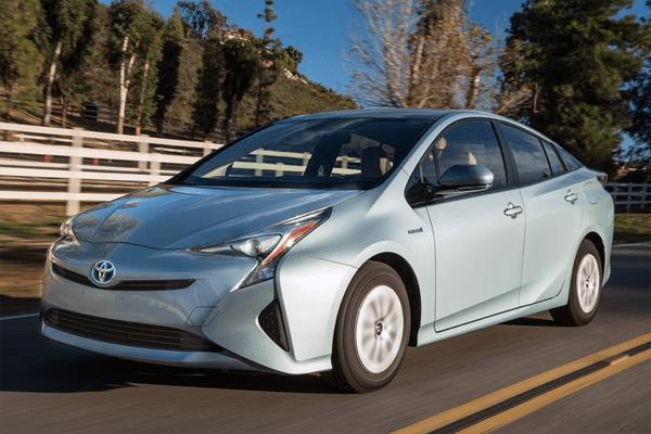 Toyota_Prius-2016-US-car-sales-statistics