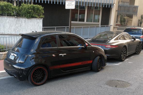 Abarth_500-Monaco-street_scene-2015