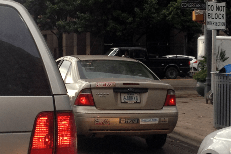 Bumper_Stickers-Perry_sucks-Bernie_2016-Texas-USA-street_scene-2015