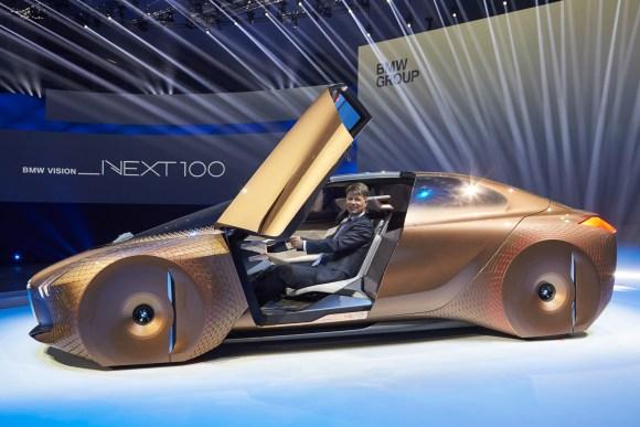 BMW Vison Next 100 4