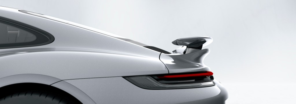 911 Turbo S: Porsche Active Aerodynamics (PAA): rear wing