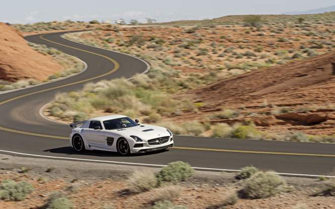 CarsCeption_Mercedes-Benz_SLS_AMG