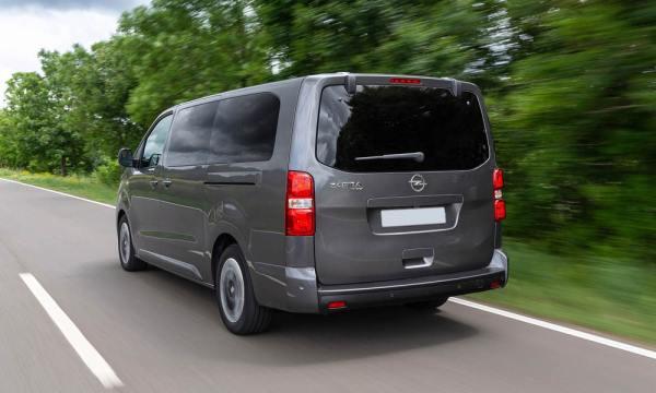 Opel Zafira Life 2021: фото в новом кузове, фото салона и ...