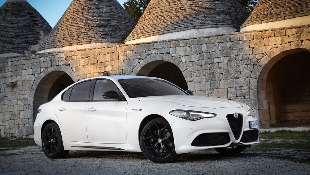 Alfa Romeo Giulia 2020 Revealed Sedan Gets Major Tech Upgrade Car News Carsguide