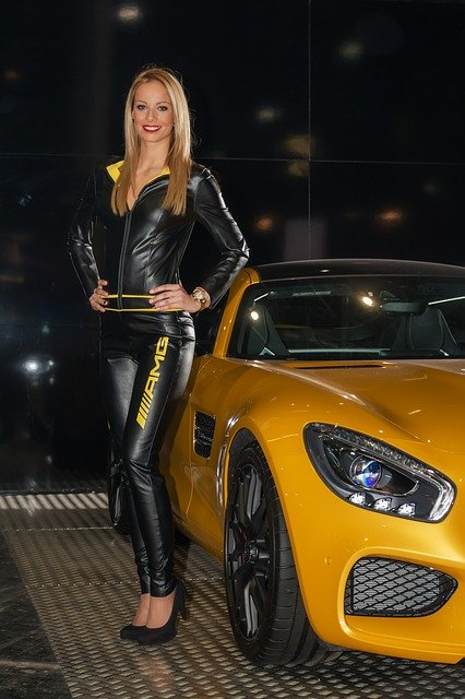 50e9d6404d54b108f5d08460962d317f153fc3e45656794d7d267bd39f 640 - You Can Make A Wise Auto Purchase