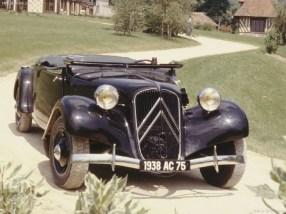 "Citroën Traction Avant ""Gangster Car"""