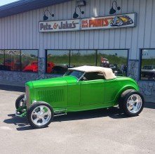 1932_Ford_Roadster.11