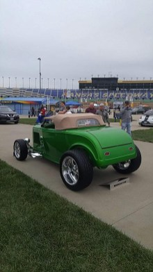 1932_Ford_Roadster.15