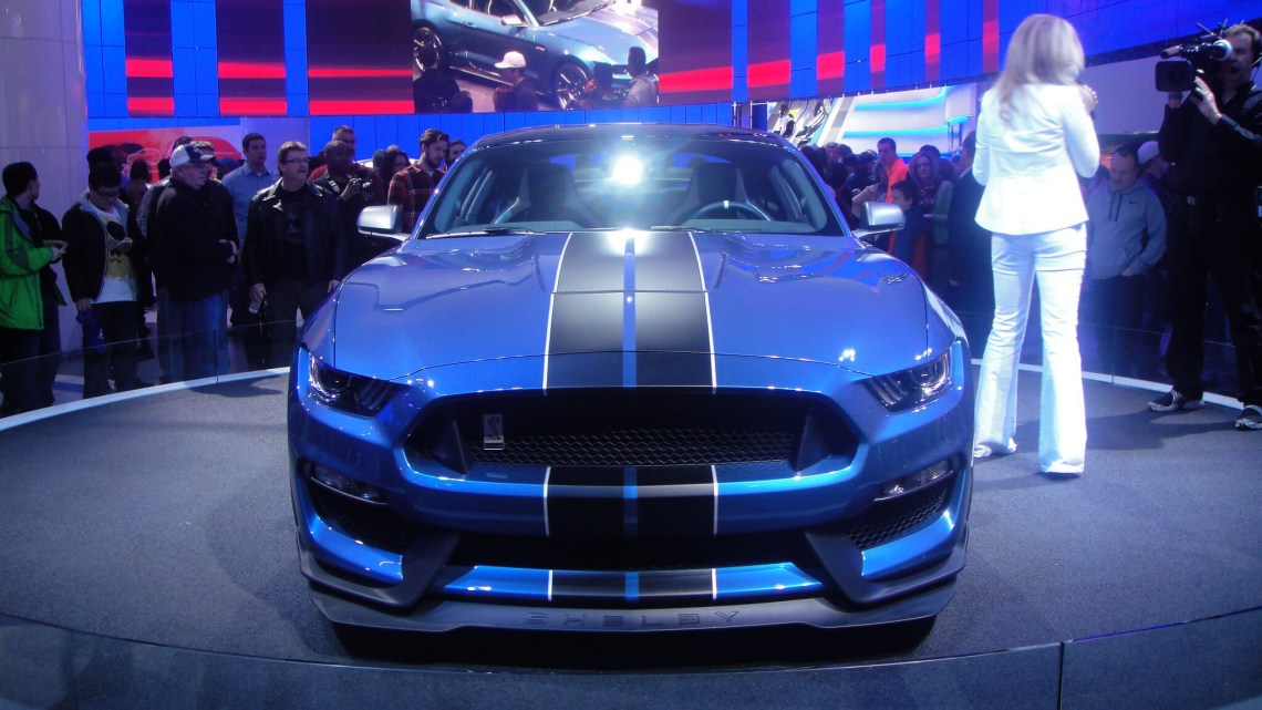 ford-mustang-shelby-gt350r00003