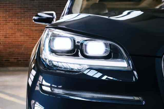 Aviator Headlight