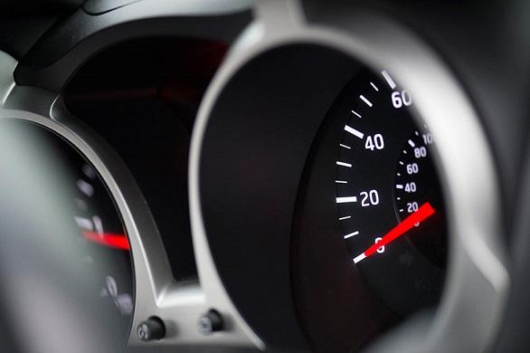 7-pertanda-yang-bisa-saja-menyebabkan-fuel-pump-mobil-bermasalah