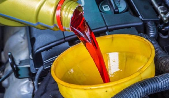 ini-bahayanya-jika-oli-transmisi-mobil-matic-berkurang