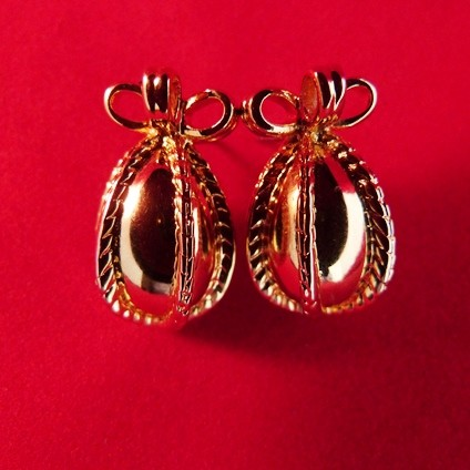 Goldtone Bow Wrap Oval Pierced Earrings