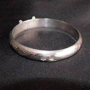 Vintage 1960s Sterling Silver Bangle Bracelet