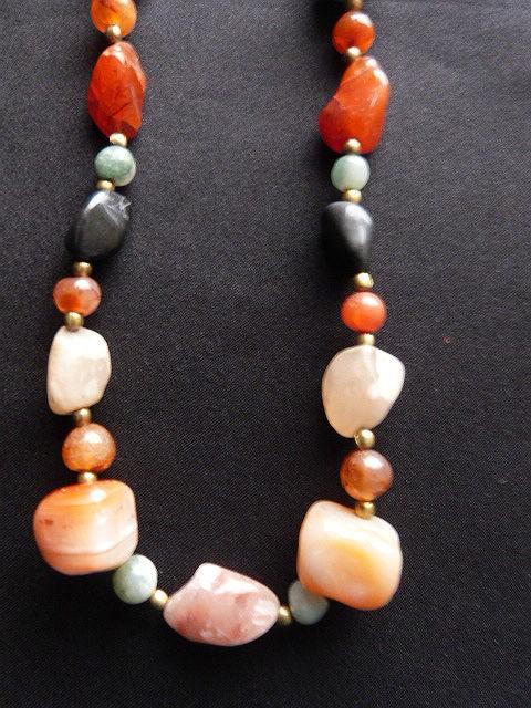 Vintage Hippie Look Agate Necklace