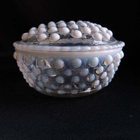 Moonstone Clear Opalescent Round Powder Puff Box/Trinket Box with Lid by Anchor Hocking