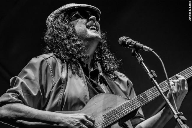 Moraes Moreira se apropria de canções alheias e recria repertório no show 'Elogio à inveja'